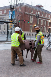 The Avenue Concept installs a sculpture by Peruko Ccopacatty in Kennedy Plaza